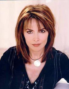 Lauren Koslow (Kate Roberts)