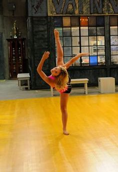 victoria baldesarra dancing - Recherche Google