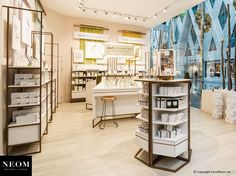 FormRoom | Interiors, Fit-Outs, Pop-Ups | Neom #NeomOrganics #StoreDesign #Retail #RetailDesign #SensoryDesign #Interiors #fitout #VictoriaGate