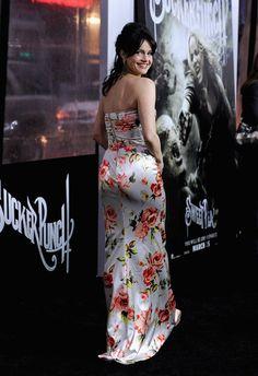 "Carla Gugino Photos: Premiere Of Warner Bros. Pictures' ""Sucker Punch"" - Arrivals"