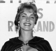 Sharon Tate in 1959 by mariana Charles Manson, Roman Polanski, Sharon Tate, Valley Of The Dolls, Female Actresses, Photo Memories, Hazel Eyes, Classic Films, Timeless Beauty