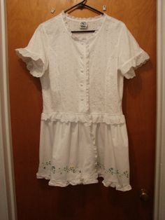 White Eyelet Jacket Womens Size Large Bust 40 Altered by Finders2, $178.00