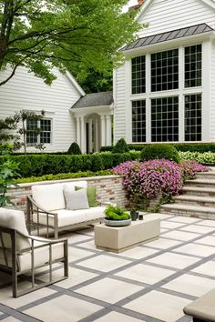 This backyard patio design is timeless beauty at its best. Our Industria square shape patio slab's s Large Backyard Landscaping, Small Backyard Patio, Backyard Patio Designs, Backyard Pavers, Stone Backyard, Patio Stone, Patio Slabs, Patio Tiles, Patio Flooring