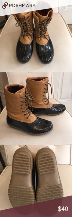 🦆Duck 🦆 Boots 🦆🦆QUACK, QUACK! Calling a Duck Boot/Shoe Lovers. These super cute Duck Boots will keep Your tootsies nice, dry & warm! Can wear on rain, sleet, snow!! They come up to your calf area. Worn Twice maybe. In EXCELLENT USED CONDITION!! In side has a red & black flannel type material. They have Zippers on the back to make it easier to put on! They are Black & Brown. 🦆🔴ECU🦆🦆🔴 Madden Girl Shoes Winter & Rain Boots