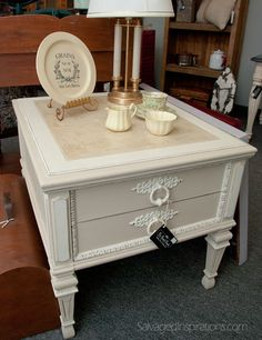 Salvaged Inspirations | Pricing Painted Furniture | Featuring ASCP Table by The Painted Bench