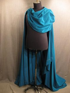 09011720 Cape with cowl, teal wool.JPG