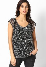 If versatality is your game as you wear this top from the house of Only. Made from polyester, this top will keep you comfortable in summers. This beautiful creation will give you a trendy look when clubbed with matching leggings and sandals.