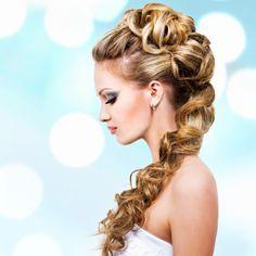 55 originelle und einzigartige Brautfrisuren für lange Haare
