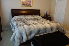 BLUE FOX NATURAL FULL SKINS BLANKET BEDSPREAD THROW COVER COAT NEIMAN QUALITY!!   Home & Garden, Home Décor, Other Home Décor   eBay! Living Room Grey, Living Room Carpet, Faux Fur Bedding, Faux Fur Area Rug, Fluffy Rug, Fur Blanket, Faux Fur Throw, Soft Blankets, Cool Rooms