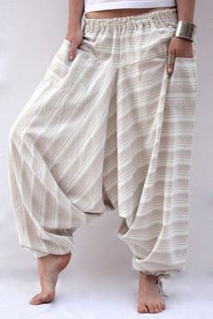 New Free of Charge sewing pants harem Thoughts Linen Harem Pants 80s Fashion, Boho Fashion, Fashion Dresses, Womens Fashion, Fashion Tips, Fashion Design, Fashion Quiz, Fashion Details, Korean Fashion