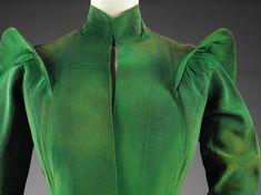 Evening coat (image 3) | Charles James | American | 1936 | silk grosgrain | Victoria & Albert Royal Museum | Museum #: T.420-1977
