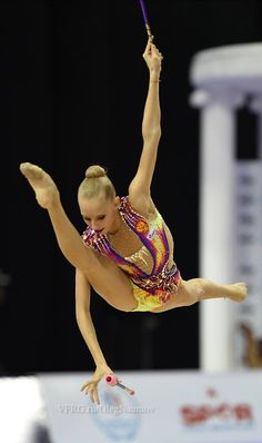 Yana Kudryavtseva, Russia, got 18.916 for her ribbon routine in all-around finals World Championships 2014