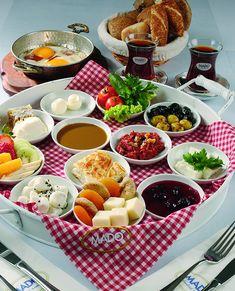 Sini Kahvaltı (2 Kişilik)
