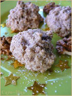 Nussbredele or Rochers aux Noix - Alsatian recipes - Gâteau sec No Bake Cookies, Cake Cookies, Cooking Chef, Cooking Recipes, Biscuit Bar, Cake Recipes, Dessert Recipes, Christmas Biscuits, Christmas Cookies