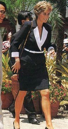 Princess Diana HongKong _Avril 1995 - SUITE