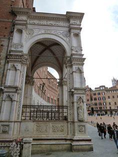 """""""Palazzo Pubblico"""", Piazza del Campo, Siena Italia (Marzo)"""