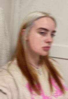 billie half blonde