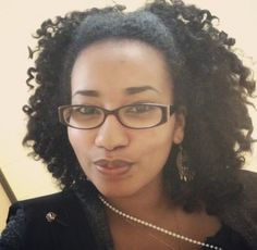 Sarah is Naturally Glam!   Curly Nikki   Natural Hair Styles and Natural Hair Care I love this!