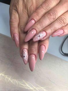 Gama de lacuri de unghii de la Janet Nails iti ofera sansa sa te poti bucura cu adevarat de unghii elegante si moderne in fiecare zi. Salons, Nails, Painting, Beauty, Beleza, Lounges, Ongles, Finger Nails, Paintings