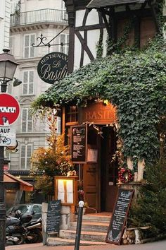 """Restaurant """"Le Basilic"""" in Montmartre, Paris! Just one of the prettiest and best restaurant is Paris! Montmartre Paris, Oh Paris, I Love Paris, Paris Travel, France Travel, Oh The Places You'll Go, Places To Travel, Beautiful World, Beautiful Places"""