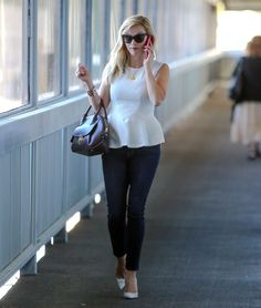 reese-witherspoon-out-and-about-in-los-angeles-0210_4.jpg (1200×1416)