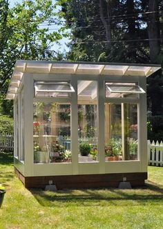 We enlist five outstanding best greenhouse ideas for beginners. These greenhouse ideas will enable you to devise strategies to shape the best possible model. Pallet Greenhouse, Diy Greenhouse Plans, Outdoor Greenhouse, Cheap Greenhouse, Backyard Greenhouse, Backyard Landscaping, Outdoor Gardens, Window Greenhouse, Homemade Greenhouse