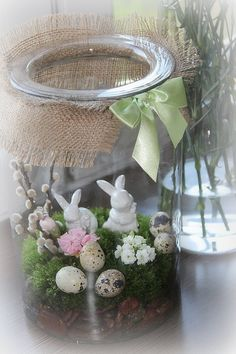 Easter Table Decorations, Christmas Decorations, Easter 2020, Diy Ostern, Spring Projects, Easter Tree, Hoppy Easter, Flower Fairies, Miniature Fairy Gardens