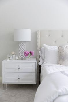 Bedroom Design Without Dresser and A Small Bedroom Design. Home Bedroom, Bedroom Decor, Bedroom Ideas, Master Bedroom, Bedroom Designs, Bedroom Small, Bedroom Inspiration, Modern Bedroom, Home Interior