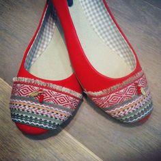 Más tamaños | Navajo passion ballerina #chamanavarro #chama_navarro #navajo #ballerina #flat_shoes |