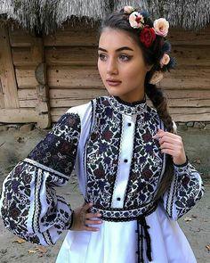 886d4d70177e00 Вишиті плаття: найкращі зображення (250) у 2019 р. | Bellis perennis ...
