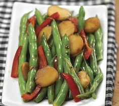 Green beans with chestnuts & bell peppers. http://www.thriftyfoods.com ...