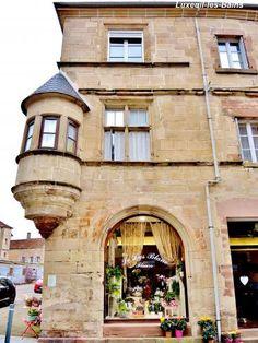Luxeuil-les-Bains: casa conosciuto come il speziale ( © Jean Espirat ) - France-Voyage.com