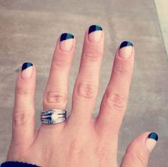 The Beautiful French Tip Nails designs are so perfect for Hope they can in.The Beautiful French Tip Nails designs are so perfect for Hope they can inspire you and read the article to get the gallery. Ongles Gel French, Black French Manicure, French Tip Nail Art, French Tip Nail Designs, Black Nails, Nail Art Designs, Short French Tip Nails, Black Nail Tips, Colored Nail Tips