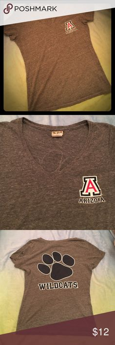 University of Arizona Wildcats Vneck Tshirt Gray UofA Wildcats Vneck Tshirt, with Arizona logo on front and Wildcats Paw on back! Tops Tees - Short Sleeve