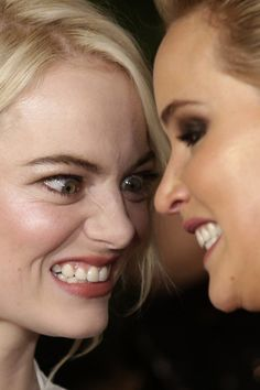 #CloseUp #EmmaStone #JenniferLawrence emma stone and jennifer lawrence Close-Up | Celebrity Uncensored! Read more: http://celxxx.com/2017/11/emma-stone-and-jennifer-lawrence-close-up/