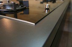 Mit #DEKTON erhöhen sich die Designmöglichkeiten für Küchen, Bäder, Fassaden, Wänden oder auch Bodenbeläge exponentiell.  http://www.arbeitsplatten-deutschland.com/dekton-platten-erstaunliche-dekton-platten