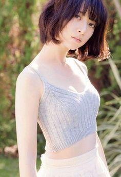 Hashimoto Nanami 橋本奈々未 Big Comic Spirits 2016 No 1 Images Beautiful Japanese Girl, Japanese Beauty, Beautiful Asian Women, Asian Beauty, Asian Cute, Cute Asian Girls, Kawai Japan, Japan Girl, Cute Beauty