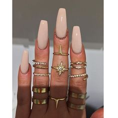 We all want beautiful but trendy nails, right? Here's a look at some beautiful nude nail art. Aycrlic Nails, Nude Nails, Glitter Nails, Coffin Nails, Hair And Nails, Acryl Nails, Nagel Gel, Best Acrylic Nails, Dream Nails