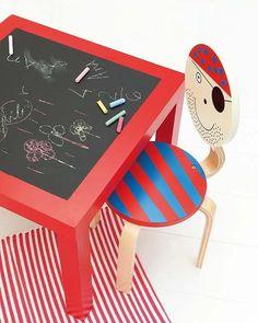Incentiva su vena creativa con esta original mesa para su cuarto; le servirá de ayuda a la hora de hacer los deberes y no te preocupará si la decora con sus pinturas.