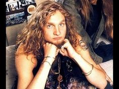 Image result for layne staley images from man in the box video