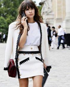 Chic Miroslava Duma street style with Chanel handbag. #fashion #fashionweek #russian #miraduma #miroslavaduma #fashioneditor #chanel #vogue #fabfashionfix