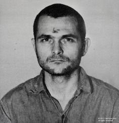 A mugshot of Bruce Davis. He met Manson in Oregon in Helter Skelter Charles Manson, Famous Murders, Famous Serial Killers, Phil Robertson, John Edwards, All In The Family, Sharon Tate, Family Album, Gangsters