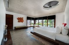 Villa Sapi is set in Lombok Island, Indonesia, and is one of the projects of Canadian architect David Lombardi. This rental villa was created out of Lombok, Villa Design, Modern House Design, Island Villa, Tropical Bedrooms, Beautiful Villas, Modern Bedroom, Master Bedroom, Bedroom Decor