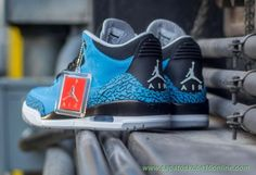 136064-406 AIR JORDAN 3 RETRO Powder Azul Powder Azul/Preto/Branco/Cinza
