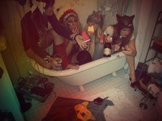 bathtub party!