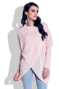 Fobya — польский производитель вязаной женской одежды.Продукция характеризуется уникальным стилем и характером. Бренд Fobya порадует своих поклонниц широкой цветовой гаммой – от нежных пастельных оттенков до строгих классических.