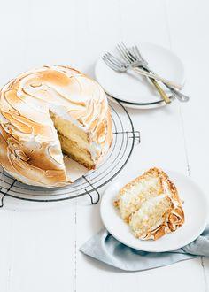 {Lemon curd meringue cake.}