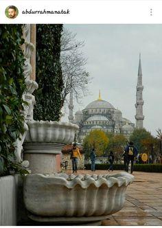 Istanbul. Hürrem sultan çeşmesi, Sultan Ahmet Câmi i
