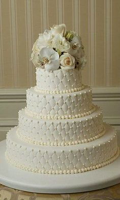 wedding cakes #wedding #cakes I like this cake design, but with different color flowers to match my wedding colors...which are still somewhat undecided....
