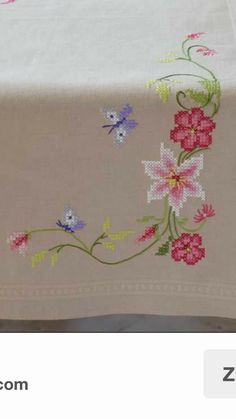 Butterfly Cross Stitch, Small Flowers, Diy And Crafts, Stuff To Buy, Herb, Cross Stitch Embroidery, Table Toppers, Ornaments, Tulips